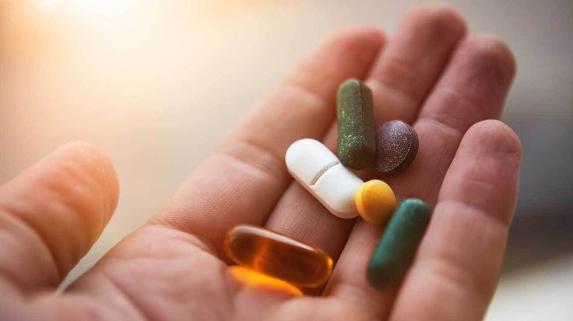 4. Just taking weight loss pills is enough.