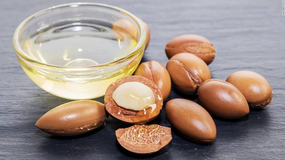 Organic cold pressed argan nut oil