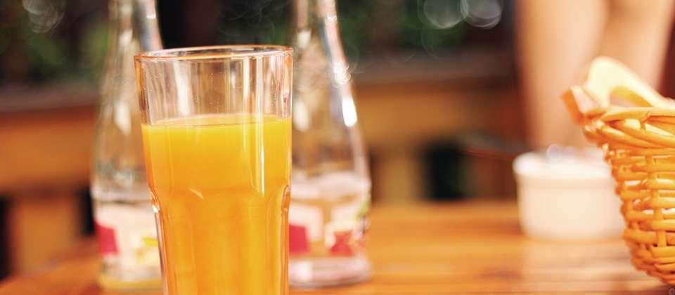 Drink fruit juices after dinner